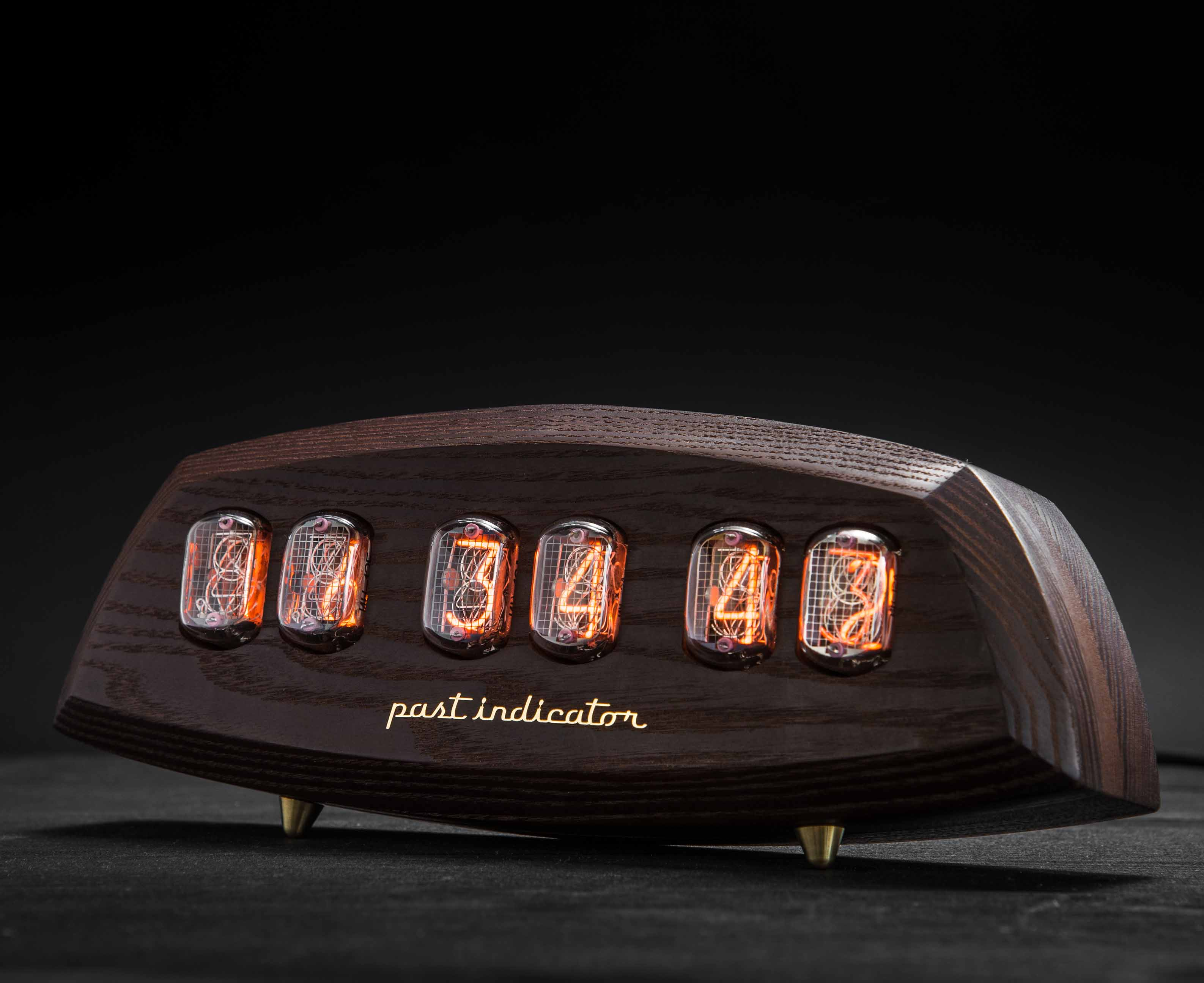 The Рast-indicator Nixie Clock